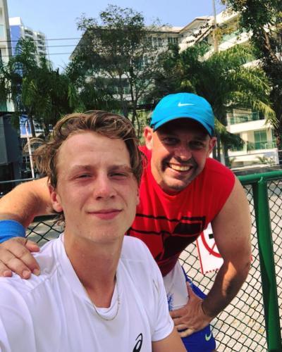 Fede w Emil in Thailand
